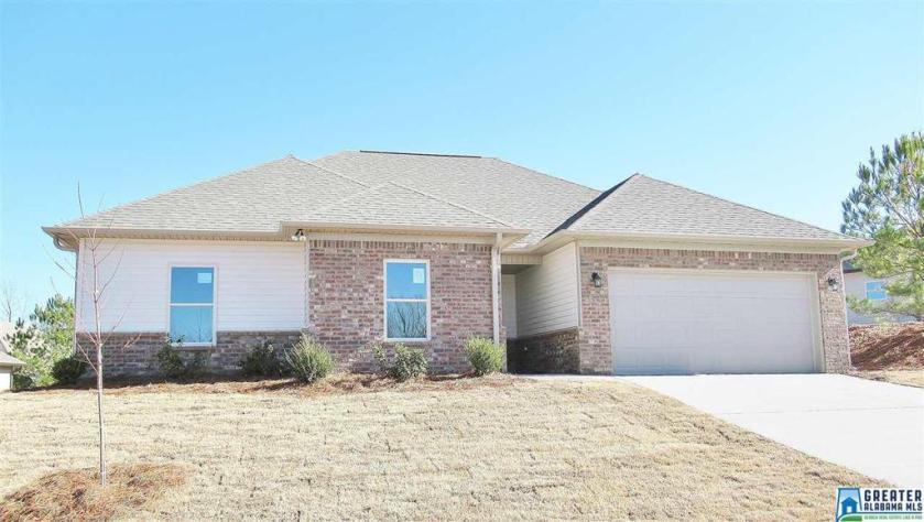 Property for sale at 150 Shiloh Creek Dr, Calera,  Alabama 35040