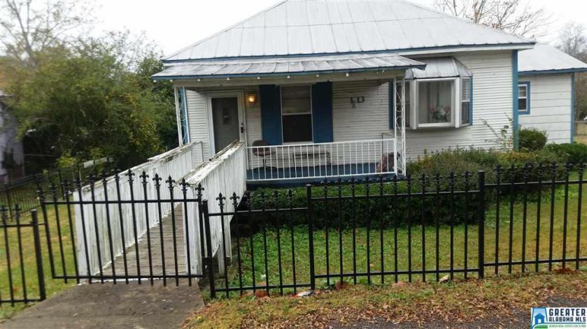 Property for sale at 113 5th St, Docena,  Alabama 35060