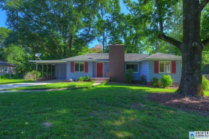 Property for sale at 2121 Chapel Rd, Hoover,  Alabama 35226
