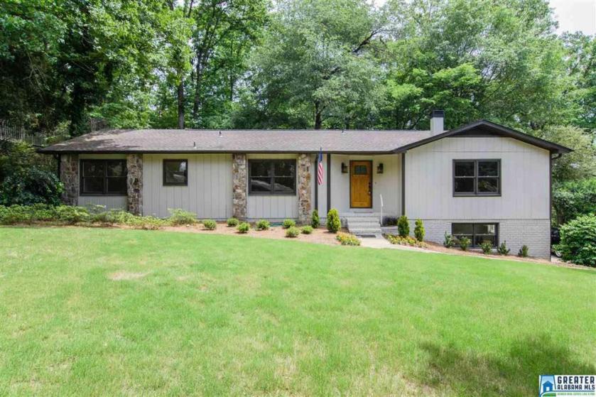 Property for sale at 3501 Oakdale Dr, Vestavia Hills,  Alabama 35223