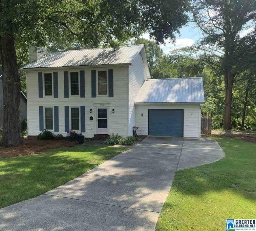 Property for sale at 315 7th St NW, Alabaster,  Alabama 35007