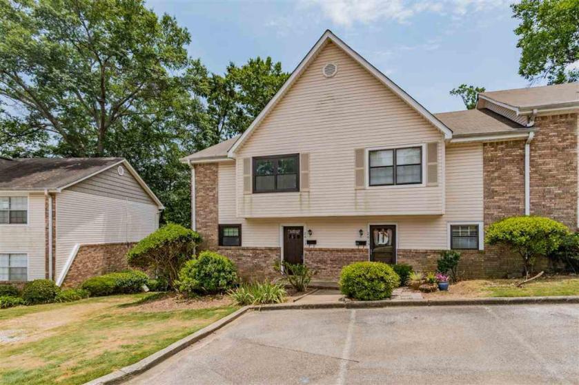 Property for sale at 2613 Southbury Cir Unit 2613, Vestavia Hills,  Alabama 35216