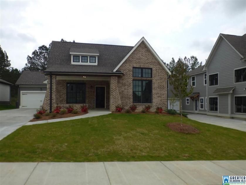 Property for sale at 400 Crossbridge Rd, Chelsea,  Alabama 35043