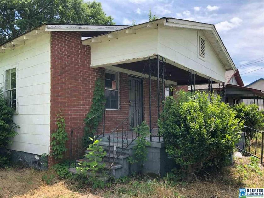 Property for sale at 1758 1st Ave S, Dolomite,  Alabama 35061