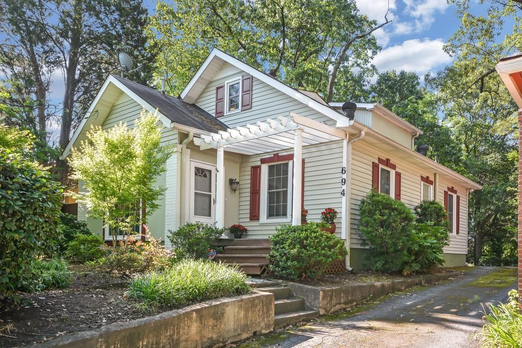 Property for sale at 694 BELLEMEADE Avenue, Atlanta,  Georgia 30318
