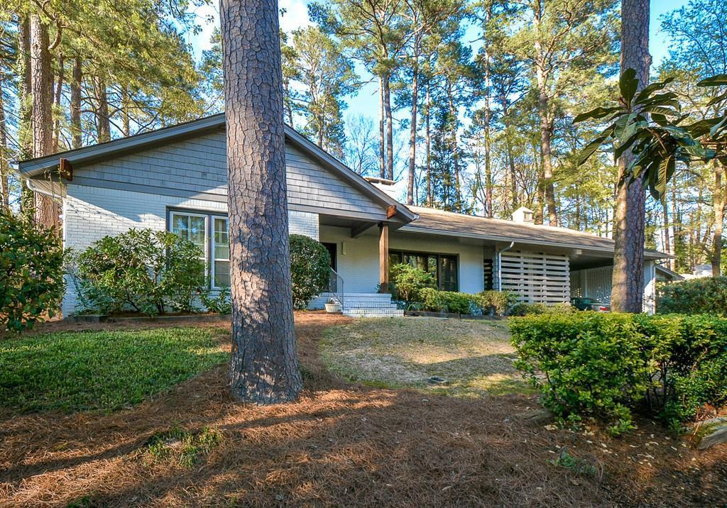 Property for sale at 676 Longleaf Drive, Atlanta,  Georgia 30342