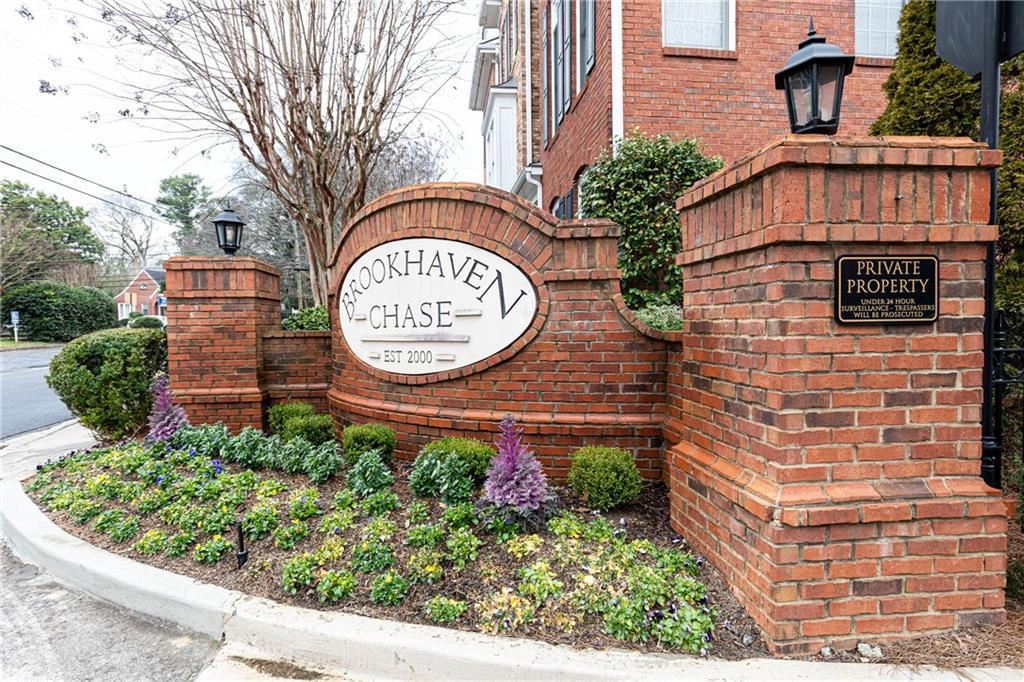 Property for sale at 2573 Brookhaven Chase Lane, Brookhaven,  Georgia 30319