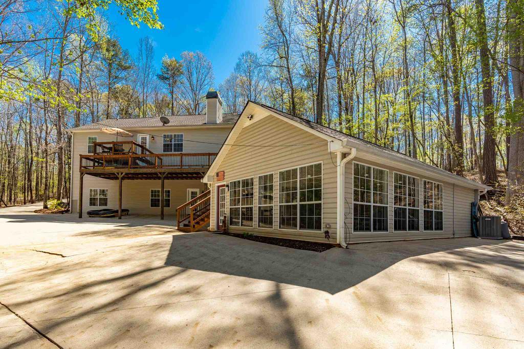 Property for sale at 403 LONG SHOALS DRIVE, Eatonton,  Georgia 31024