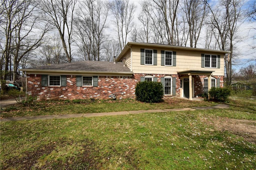 Property for sale at 12 Shady Lane, Carmel,  Indiana 46032