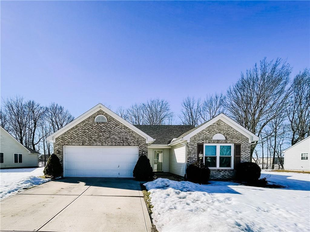 Property for sale at 41 West Quail Wood Lane, Westfield,  Indiana 46074