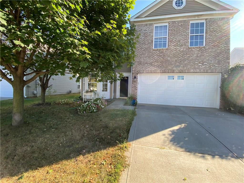 Property for sale at 15228 Radiance Drive, Noblesville,  Indiana 46060