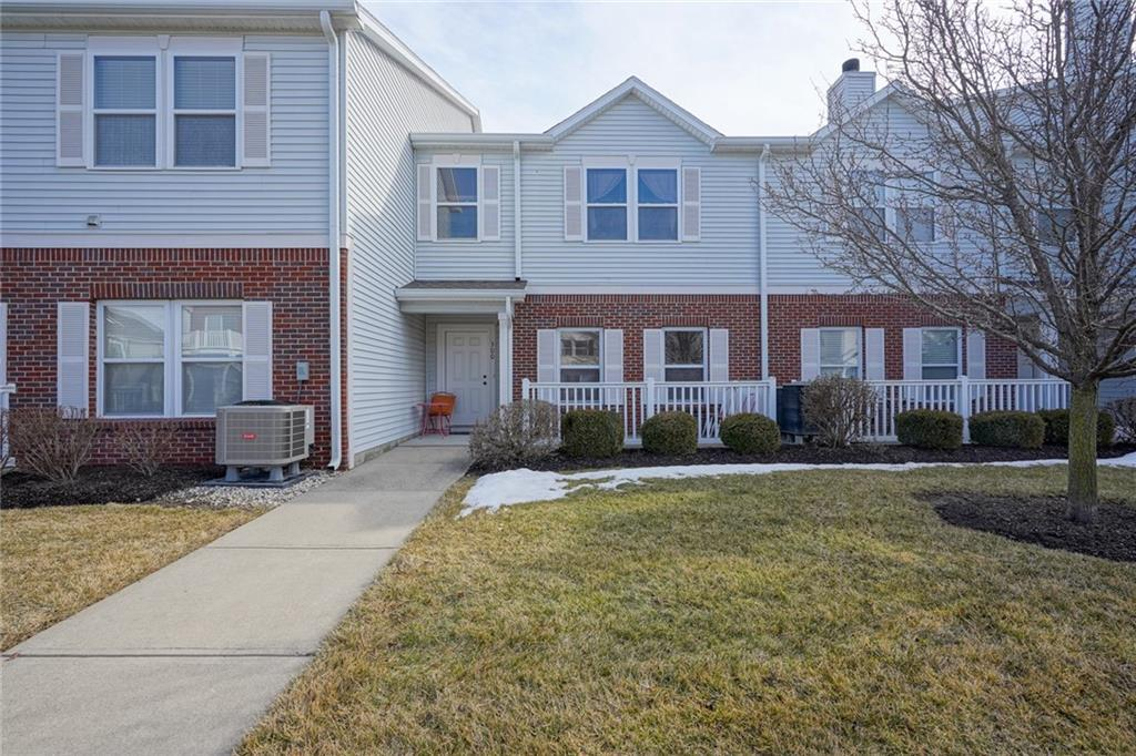 Property for sale at 13325 White Granite Drive Unit# 300, Fishers,  Indiana 46038