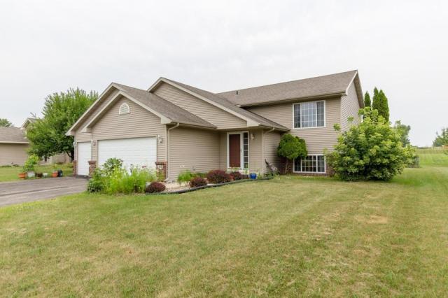 Property for sale at 360 E Woodridge Drive, Le Center,  Minnesota 56057