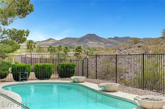 Property for sale at 2583 Thatcher Avenue, Henderson,  Nevada 89052