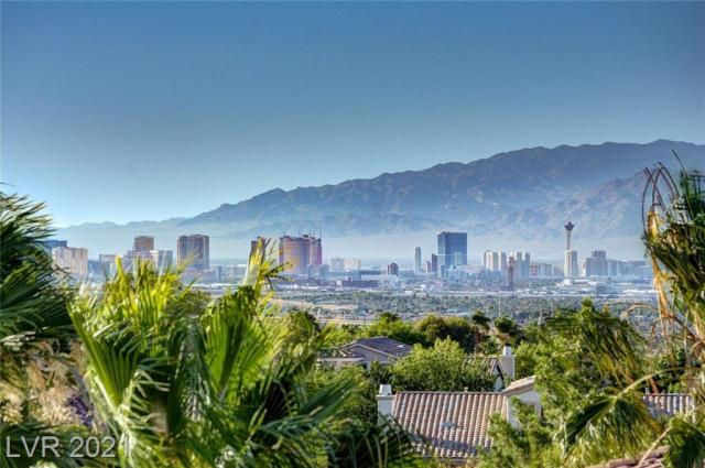 Property for sale at 2696 Botticelli Drive, Henderson,  Nevada 89052