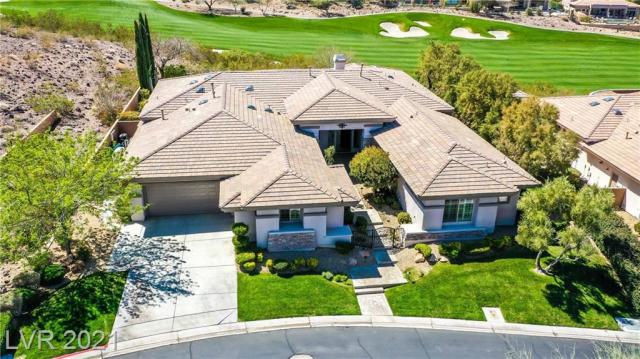 Property for sale at 21 Club Vista Drive, Henderson,  Nevada 89052