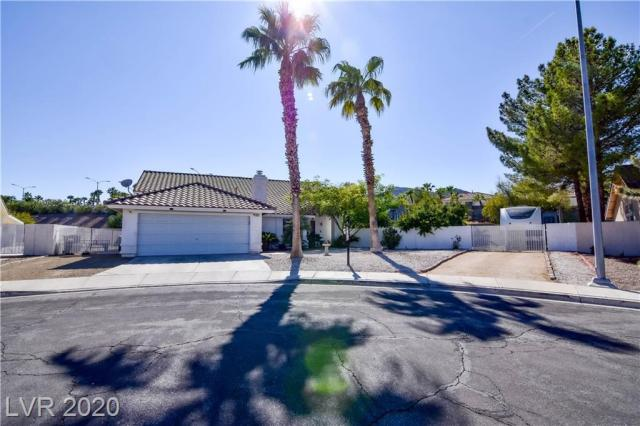 Property for sale at 833 Harbor Beach Court, Henderson,  Nevada 89002