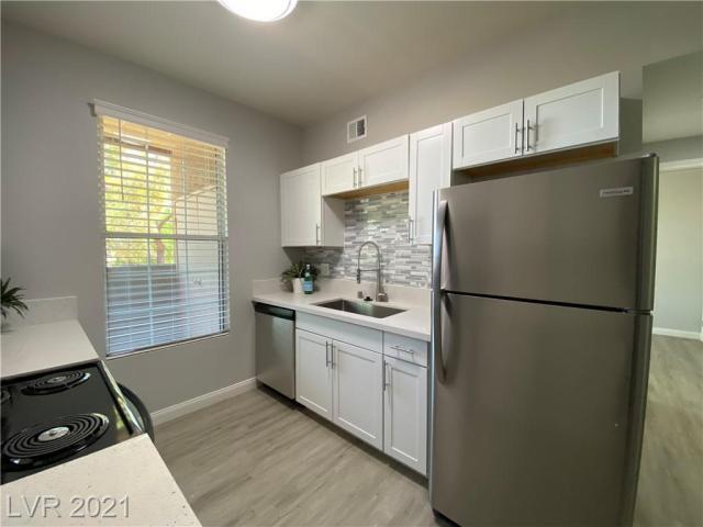 Property for sale at 231 W Horizon Ridge Parkway 514, Henderson,  Nevada 89012