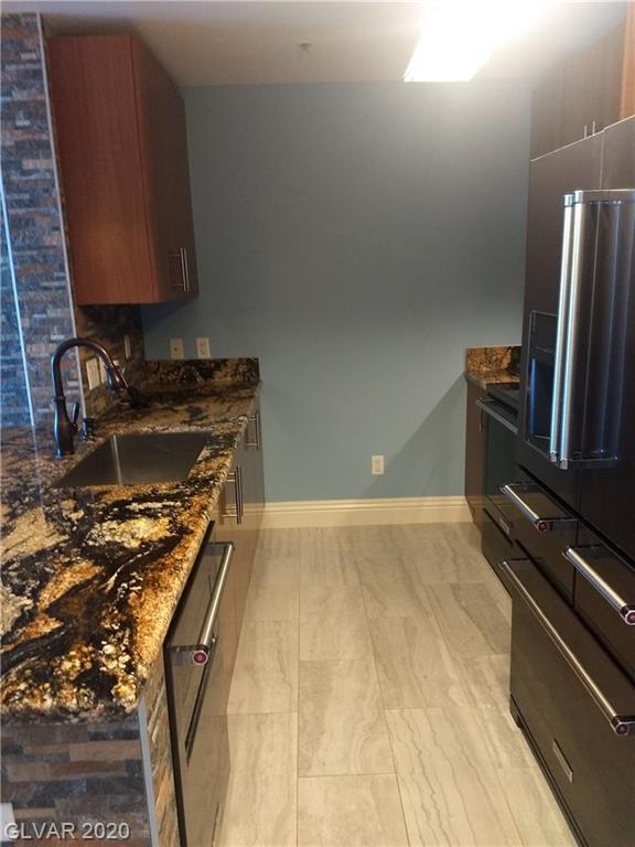 Property for sale at 200 Sahara Avenue Unit: 1706, Las Vegas,  Nevada 89102