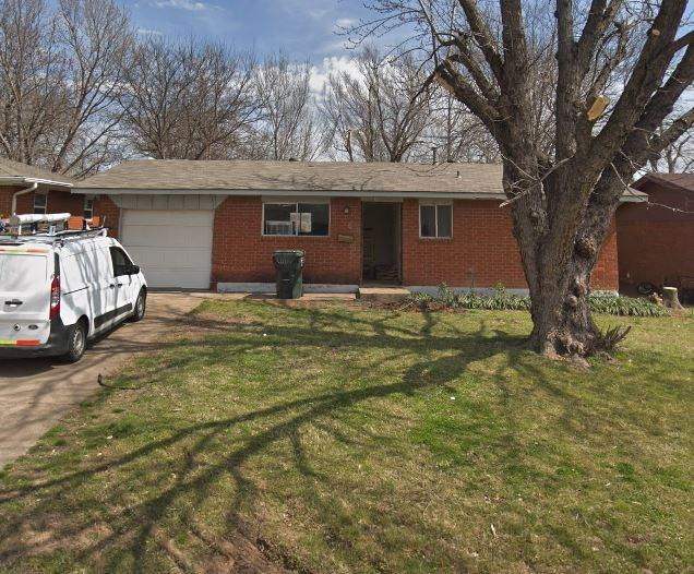 Property for sale at 211 Stanton Drive, Norman,  Oklahoma 73071