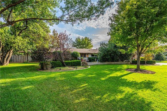 Property for sale at 1712 Randel Road, Nichols Hills,  Oklahoma 73116