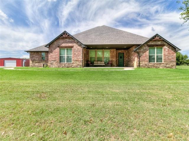 Property for sale at 7213 Bronco Lane, Mustang,  Oklahoma 73064