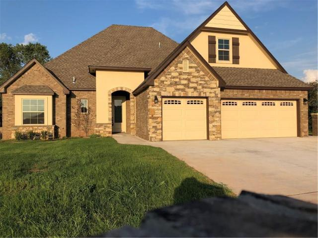 Property for sale at 2101 W Beaver Point Dr, Mustang,  Oklahoma 73064