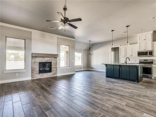Property for sale at 2233 NW Poplar Avenue, Piedmont,  Oklahoma 73078