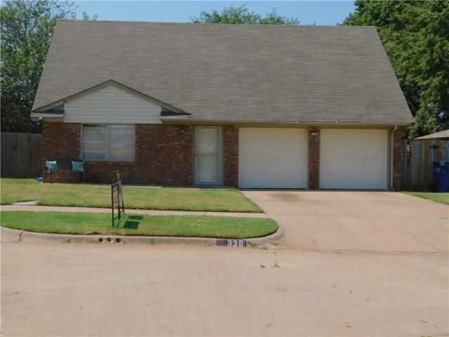 Property for sale at 338 W Aspen Drive, Mustang,  Oklahoma 73064