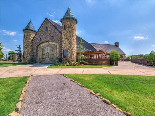 Property for sale at 6424 SW 104th Street, Oklahoma City,  Oklahoma 73173
