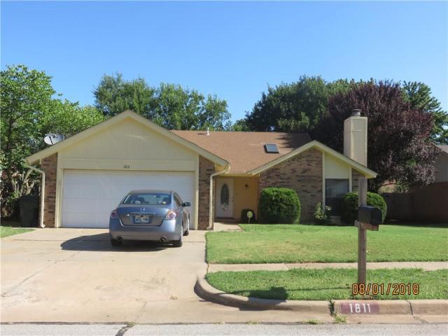Property for sale at 1811 Oakcreek Drive, Norman,  Oklahoma 73071