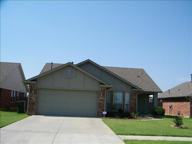 Property for sale at 2704 Frost Drive, Norman,  Oklahoma 73071
