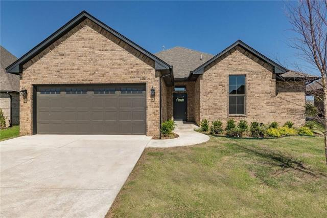 Property for sale at 13908 Hutchinson Place, Yukon,  Oklahoma 73099