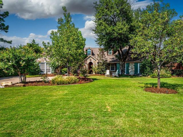 Property for sale at 1719 Dorchester Drive, Nichols Hills,  Oklahoma 73120