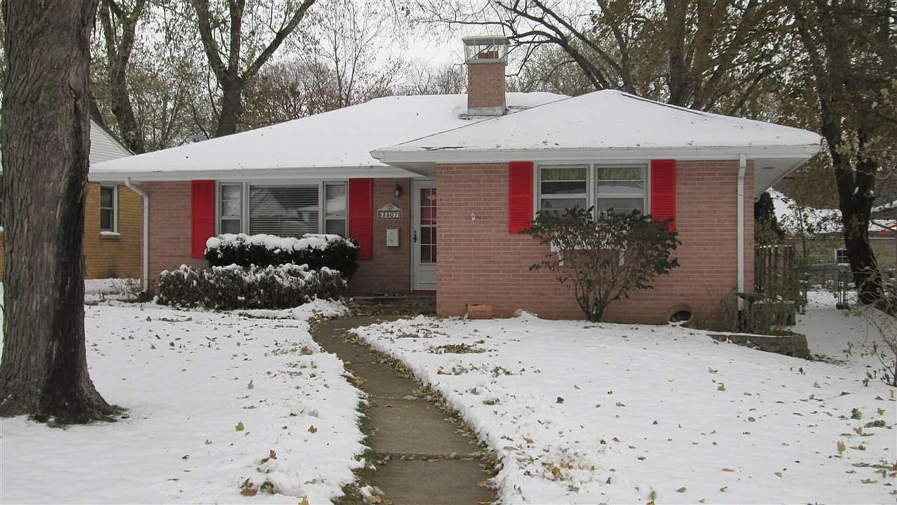 3307 Ruth St Rockford Il 61103 Zillow