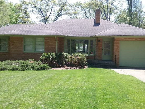 260 Bradford Rd Benton Harbor Mi 49022 Zillow