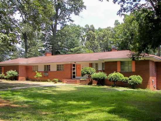 315 S Evergreen Ave Siler City Nc 27344 Zillow