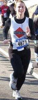 nearing the finish of the '05 joe kleinerman 10k