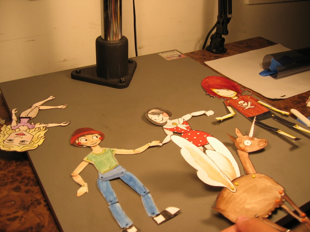i like crayons: Cut-out Puppet Animation