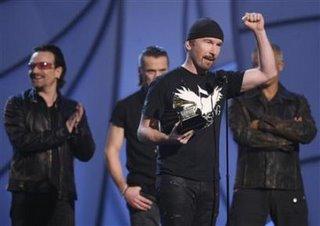 U2 Grammy 2006 3