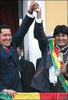 Los presidentes de Venezuela, Hugo Chaves, y de Bolivia, Evo Morales
