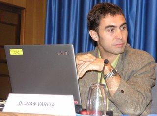 Juan Varela en un momento de su intervención en las II Jornadas de Periodismo digital