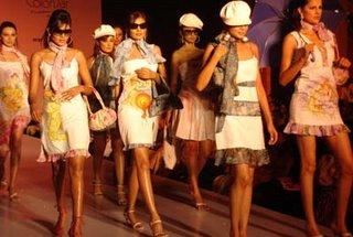 Fashioning Fotogenesis