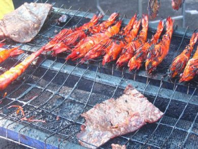 Grilled prawns and meat