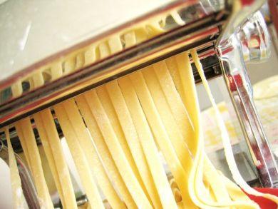 rolling pasta noodles
