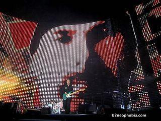 U2_The_edge_Vertigo_Tour