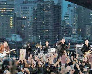 U2 Brooklyn