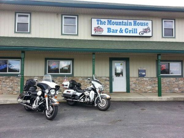 Scenic Ride To The Mountain House Bar & Grill