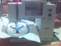 windows powered sewing-machine