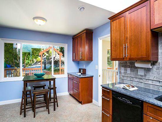 5019 SW Humphrey Park Rd, Portland, OR 97221